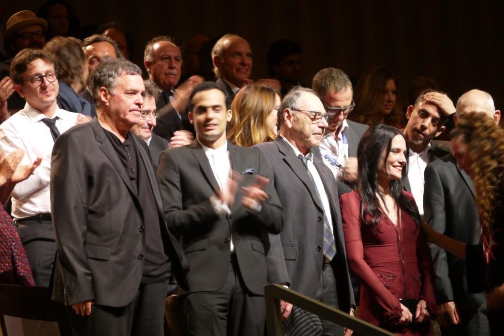 Amos Gitai con gli interpreti del film