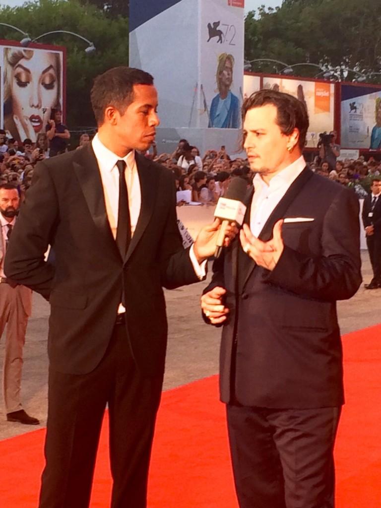 Johnny Depp intervistato sul red carpet